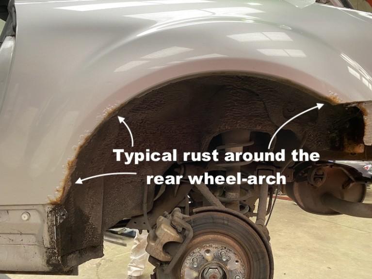 Rear wheel arch repairs on a Mk3