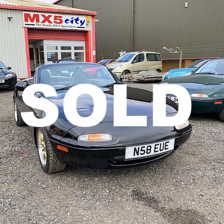 1996 Mazda MX-5 Mk1 1.8 iS (UK spec)