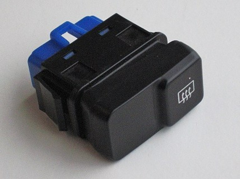 Heated rear window switch blue connector MK1