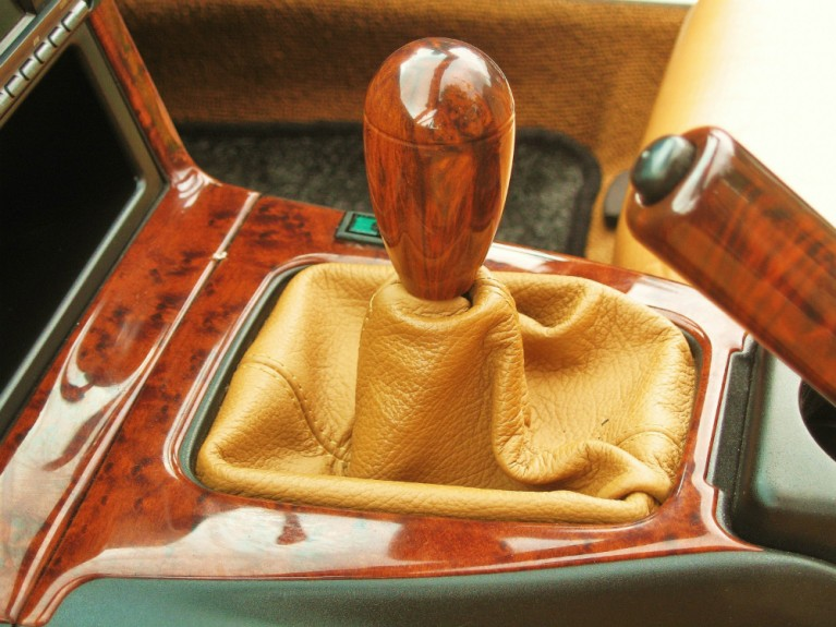 Tan Leather Gear Stick Gaiter