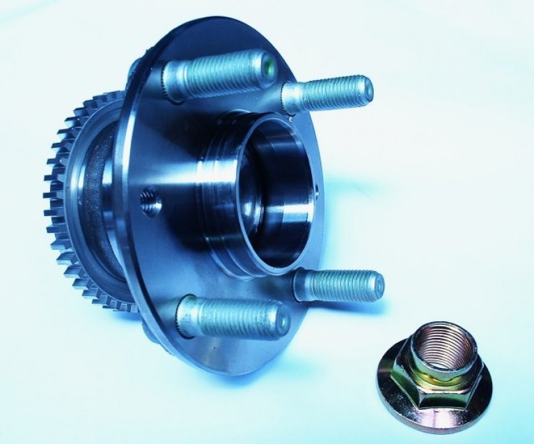 Front wheel hub and bearing kit with ABS