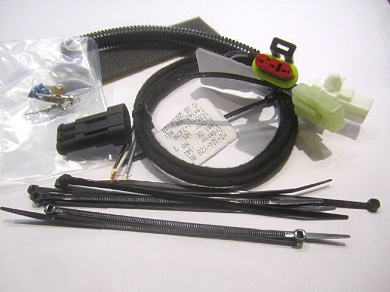 Luggage rack wiring harness kit