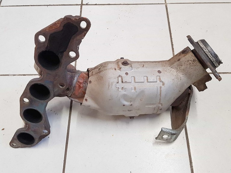 Exhaust Manifold & Cat - Mk3 (Used)